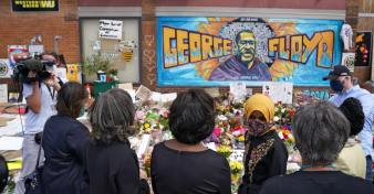 george-floyd-protests-memorial